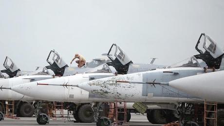 """Российская Хмеймим снова """"в огне"""": эксперт спрогнозировал войскам РФ серьезные потери в Сирии"""