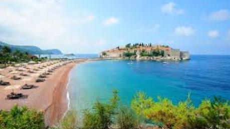 Европа стала еще ближе: из Запорожья теперь отправляются прямые рейсы на черногорский курорт