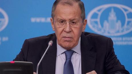 Берлин послал недвусмысленный сигнал РФ, отменив визит Лаврова, - Кремль в цугцванге