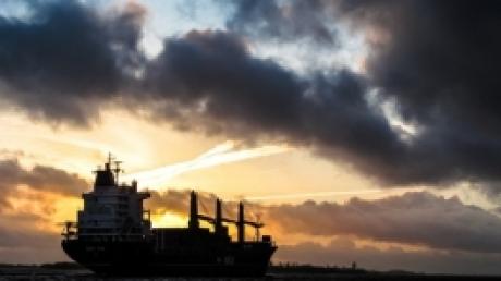 Инцидент в Каспийском море: уникальные кадры пылающего российского танкера