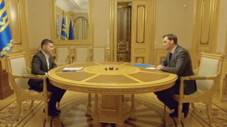 """Зеленский лично огласил Гончаруку свое решение: """"Очень неприятно"""""""