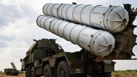 БПЛА Азербайджана вплотную подлетели к Еревану - ПВО Армении ударила из С-300 и подняла истребители