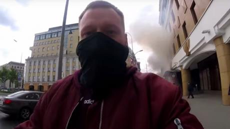 """""""За Донецк"""", - видео нападения на офис Google в Москве попало в Сеть, рядом проходил сотрудник Russia Today"""