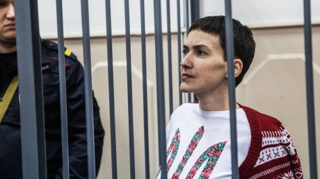 Савченко не доверяет врачам, которых нашли ей тюремщики