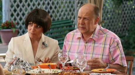 """Актеры сериала """"Сваты"""" прокомментировали перенос съемок 7 сезона: """"Так решили продюсеры"""""""
