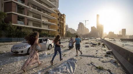 Цаплиенко приехал в Бейрут и показал город через четыре дня после взрыва