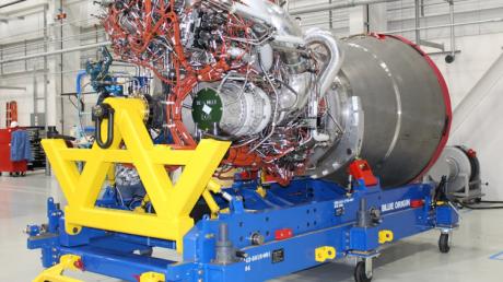 Новый удар по«Роскосмосу»: США получили замену ракетным двигателям изРФ