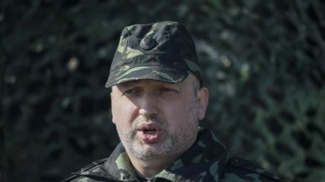 Турчинов ввел в Харькове режим АТО