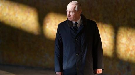 Фото с Путиным показали с разницей в месяц: с президентом РФ произошли огромные изменения