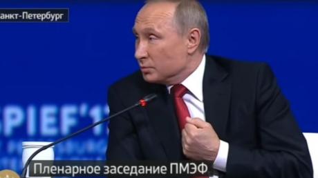 """Хамство и глупые """"шутки"""" хозяина Кремля: журналистка NBC буквально разгромила Путина, заставив его просить у зала таблетки от истерики"""