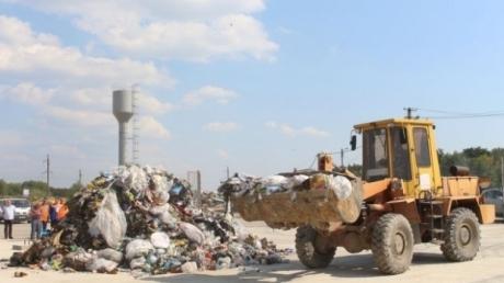 Оккупированный Севастополь погряз в мусоре: чиновники экономят на утилизации отходов