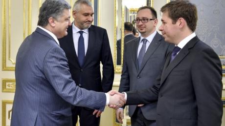 Порошенко готов использовать все полномочия президента для освобождения Савченко