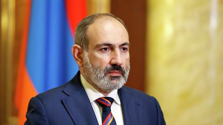 СМИ: Пашинян готов пойти на уступки с Азербайджаном и ищет личной встречи с Алиевым