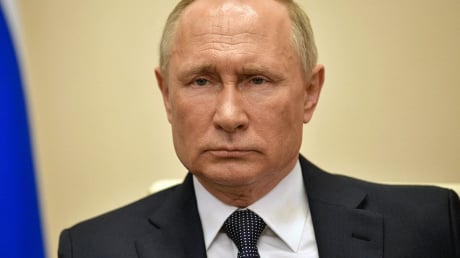 """В России прогнозируют """"новую реальность"""" - Путина покинула удача, трансфер срывается"""