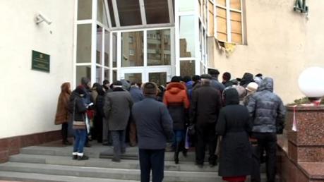 Нардепы требуют полной экономической блокады Донбасса без начисления пенсий и соцвыплат