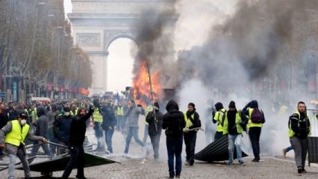 франция, протесты, париж, россия, скандал, сбу