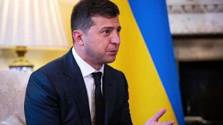 Зеленский пояснил, кто мешает Украине получить новый кредит МВФ