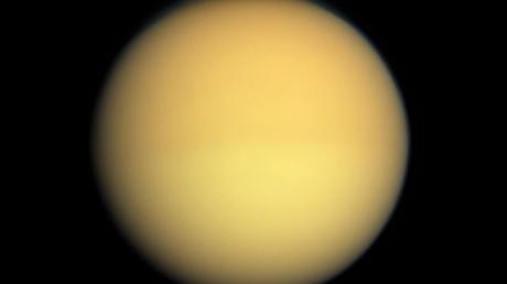 Ученые: на спутнике Сатурна могли возникнуть альтернативные земным формы жизни