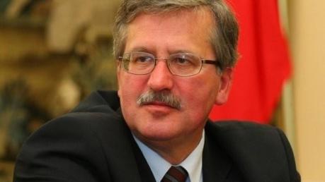 Коморовский: Минские соглашения под угрозой