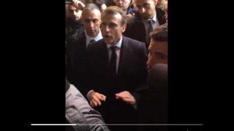 """""""А перед Путиным на задних лапках прыгает"""", - Макрон наорал на полицейских в Израиле и нарвался на критику"""