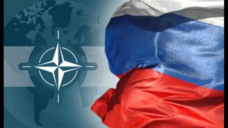 """""""НАТО всегда и во всем помогало России"""": бывший глава МИД РФ обвинил Кремль в разжигании искусственной войны"""