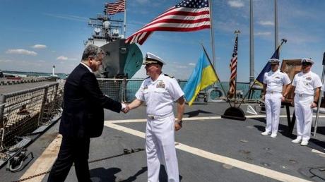 Петр Порошенко: учения Sea Breeze в Одессе - это ответ международного сообщества организаторам и спонсорам гибридных войн