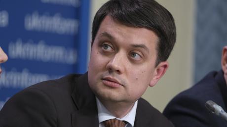 Только прямые переговоры с Кремлем: Разумков проговорился о тактике Зеленского по Донбассу - видео