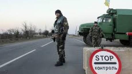 """Террористы """"ДНР"""" в гневе: СБУ задержала крупнейшую партию селитры и сигарет для донецких сепаратистов"""