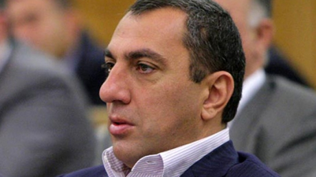 Конец правящему режиму Армении: близкий к Саргсяну олигарх Алексанян поддержит Пашиняна на посту премьер-министра