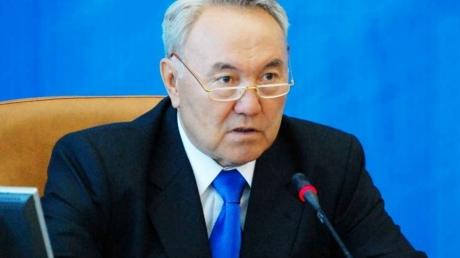 """Россияне в ярости набросились на Назарбаева и предлагают его """"казнить"""" за слова об Украине"""