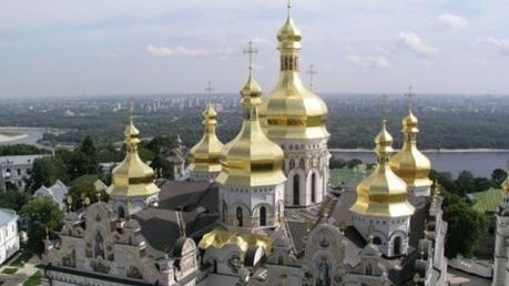 Принципиальная позиция: архиепископ УПЦ КП рассказал, кому должны принадлежать лавры