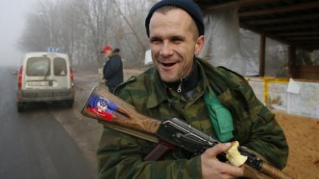"""Показали ОБСЕ, что такое """"р***кий мир"""" и """"духовные скрепы"""": СМИ узнали, что террористы """"ДНР"""" вымогали у наблюдателей 200 тысяч рублей в месяц """"за защиту"""""""