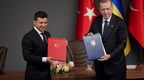 """Зеленский после встречи с Эрдоганом: """"Исторический день, еще никогда не продвигались так далеко"""""""
