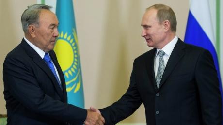 Путин и Назарбаев: Огонь в Донбассе должен быть прекращен в оговоренный час