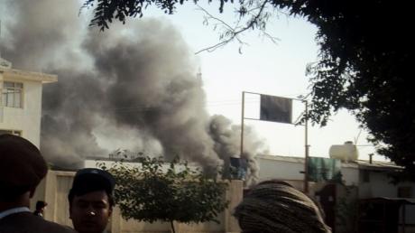 На полицейский участок в Афганистане напал смертник: погибли 10 человек, 8 - ранены