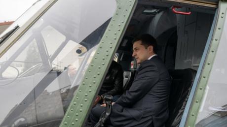 Как президент Зеленский вооружение ВСУ осматривал и что говорил - видео