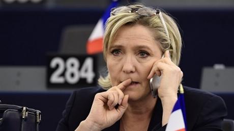 Макрон – президент Франции: одиозная Ле Пен поздравила своего соперника c победой и пожелала ему успехов на посту главы государства