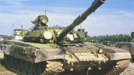 Россия увеличила поставки танков для боевиков, - Тымчук