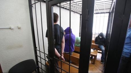 Суд в Беларуси приговорил к расстрелу черных риелторов, виновных в гибели шести человек - кадры