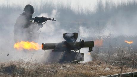 """""""Вылезли, куда не следовало"""", - боевики показали, что ВСУ оставили от их БМП-1 на Светлодарской дуге"""