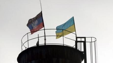 СМИ: В Париже готовы предоставить Донбассу специальный статус, Киев согласен