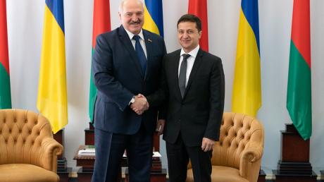 """Лукашенко допустил серьезную ошибку на встрече с Зеленским: """"Я испугался"""""""