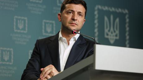 Рейтинг Зеленского: социологи показали, как изменилась поддержка президента