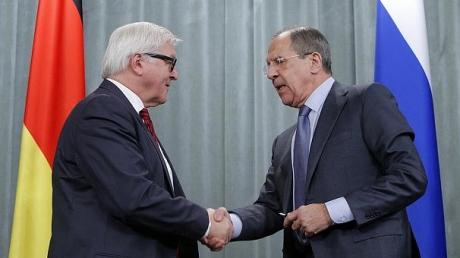 Лавров и Штайнмайер тет-а-тет обсуждают ситуацию в Донбассе