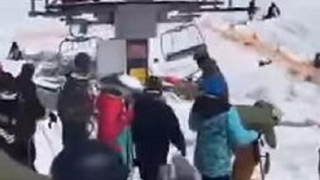 грузия, лыжи, курорт, подъемник, пострадавшие, поломка, видео, соцсети, происшествия, чп