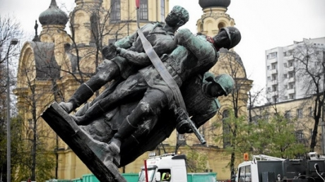 Плевок в сторону России: Польша объявила о массовом сносе советских памятников в день начала Великой Отечественной войны