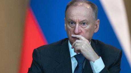 В Оман, когда там был Зеленский, прилетал секретарь Совбеза России Патрушев: видео расследования