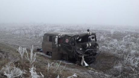 Боевики расстреляли автомобиль скорой помощи под Дебальцево