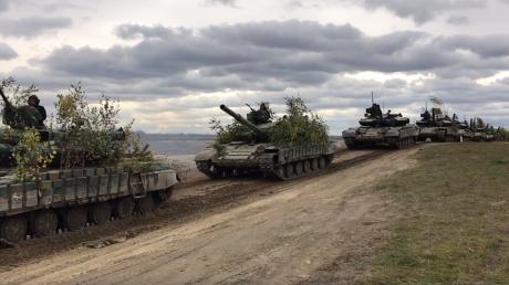 """""""Мы готовы к освобождению Донбасса"""", - Аваков заинтриговал громким заявлением в Мариуполе"""