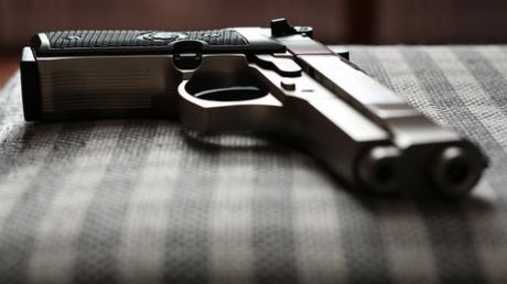 Обратная сторона гибридной войны: Россия бьет рекорды по числу вооруженных преступлений